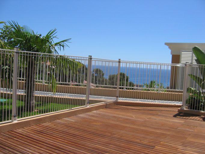Villa cap martin appartement met zwembad - Ontwikkeling rond een zwembad ...